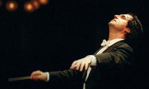 Riccardo-Muti-conducting--006